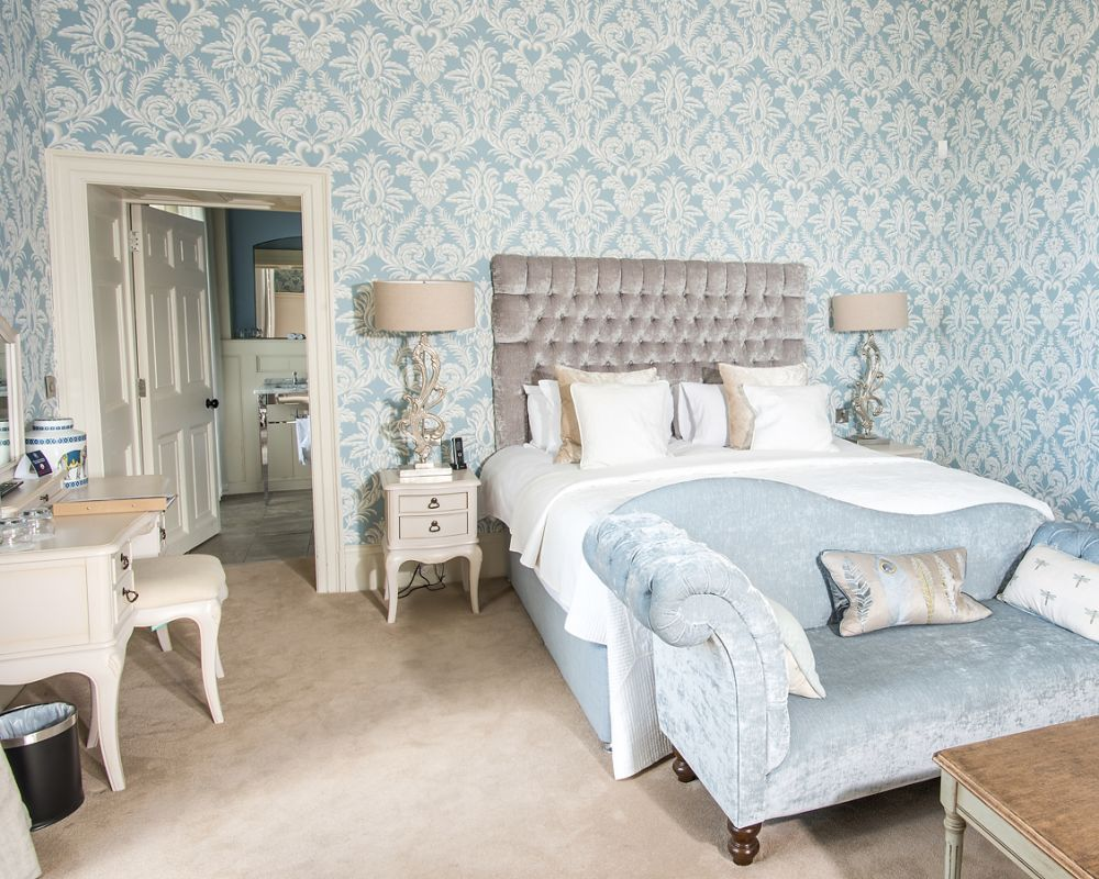 Boyne House Slane boasts 6 tastefully appointed luxury ensuite Heritage Bedrooms in the Main House along with 4 additional Bedrooms in the Coach House, offering luxurious accommodation and private rental in the heart of Slane village.